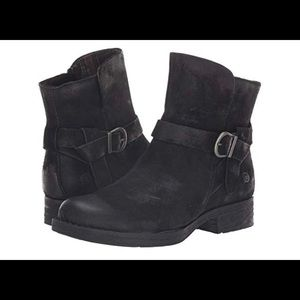 NWT Born Syd Distressed Suede Leather Ankle Boots